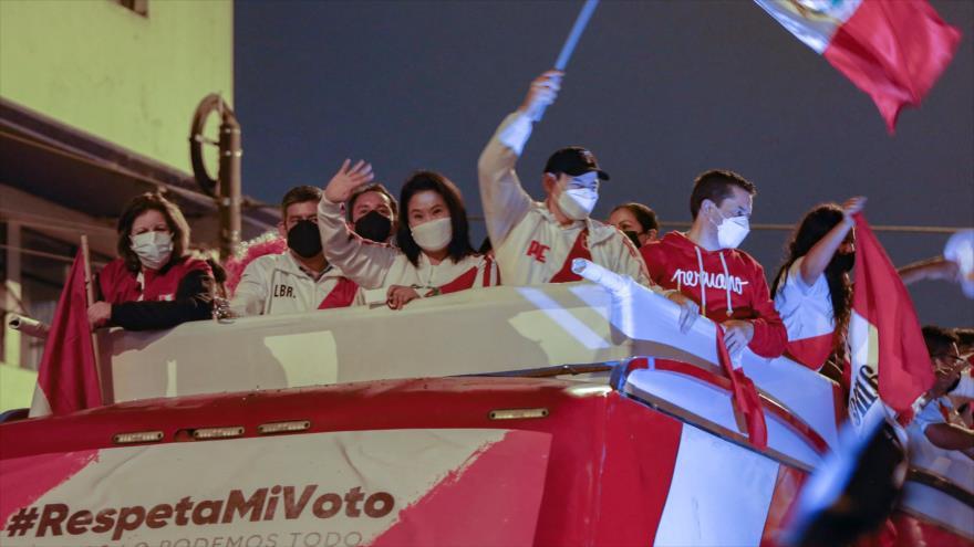 Sigue caos poselectoral: Perú, convulsa por protestas rivales