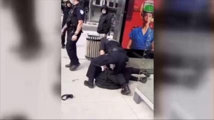Esta vez, en Canadá: Brutal captura de adolescente al estilo Floyd