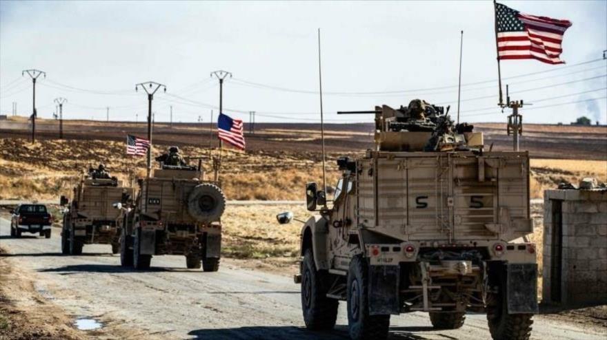 Nuevo convoy de EE.UU. ingresa a Siria escoltado por cazabombarderos.