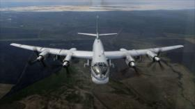 Cazas rusos simulan ataques contra objetivos enemigos en Pacífico