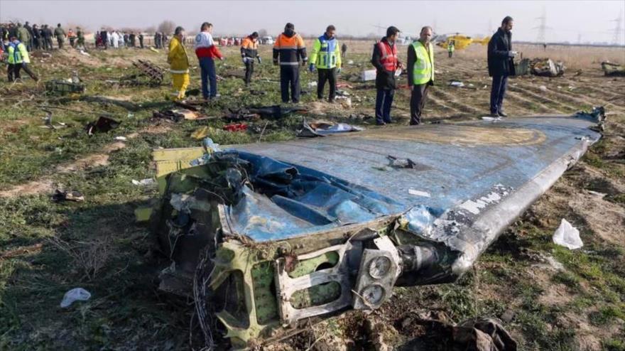 Los restos del vuelo PS752, de la compañía Ukrainian International Airlines, derribado el 8 de enero de 2020, en las afueras de Teherán, capital persa.