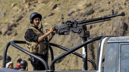 Fuerzas yemeníes liberan estratégica zona, rica en gas y petróleo
