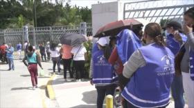Hernández politiza vacunaciones en Honduras