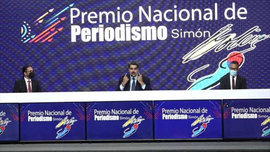 Entregan el Premio Nacional de Periodismo en Venezuela