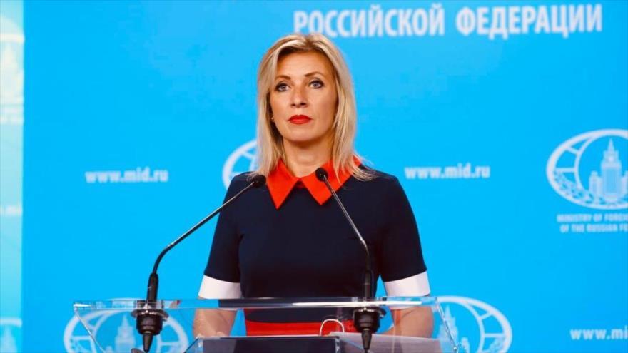 """Rusia: EEUU ataca """"valores democráticos"""" al silenciar los medios"""
