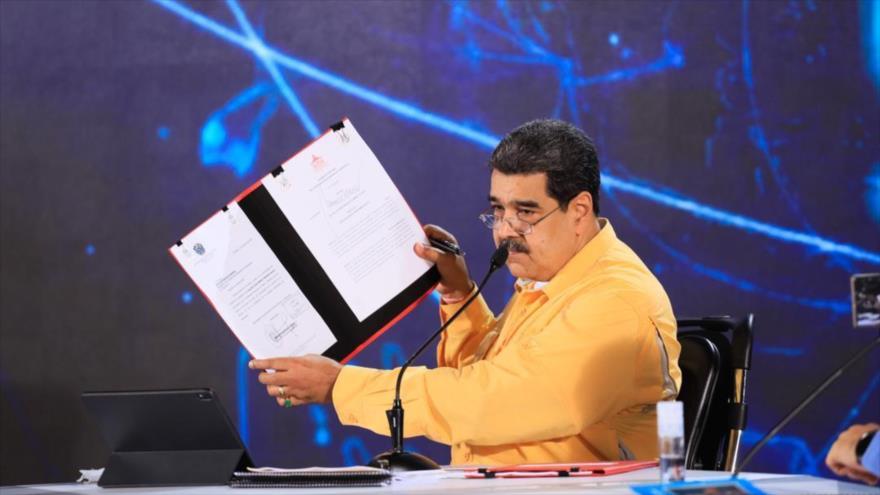 El presidente de Venezuela, Nicolás Maduro, habla durante un acto en Caracas, la capital, 2 de julio de 2021.