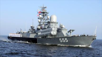 Rusia golpea destructor de EEUU con sistemas de guerra electrónica