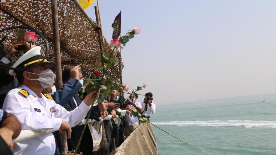 Irán homenajea a víctimas de su avión civil derribado por EEUU