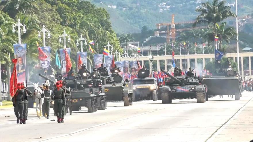 Venezuela realiza demostración de fuerza en desfile de Independencia