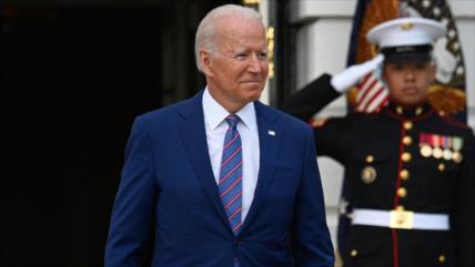 """""""Estimado señor presidente"""": Biden reitera apoyo al golpista Guaidó"""