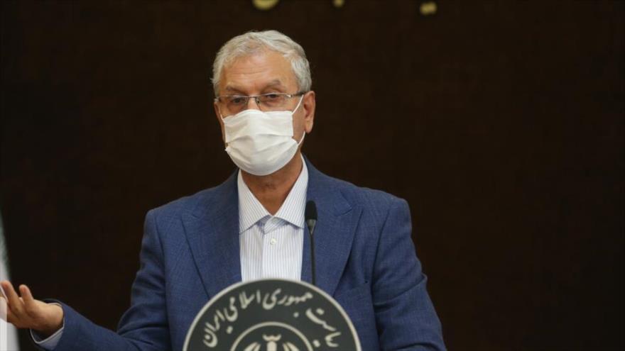 El portavoz del Gobierno iraní, Ali Rabii, ofrece una rueda de prensa en la capital, Teherán, 6 de julio de 2021. (Foto: IRNA)