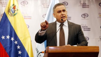 Venezuela imputa de terrorismo a tres miembros de ONG Fundaredes
