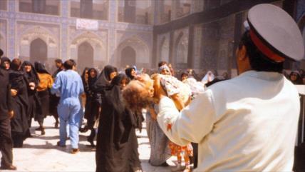 En fotos: Terroristas del MKO matan a peregrinos iraníes en Mashad