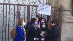 Vídeo: Carabineros apresa a constituyentes de izquierda en Santiago