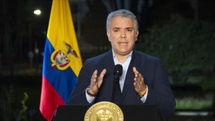 """Duque reprocha a Cuba por protestas y se jacta de su """"democracia"""""""
