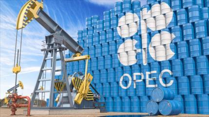 OPEP Plus acuerda incrementar la producción hasta diciembre