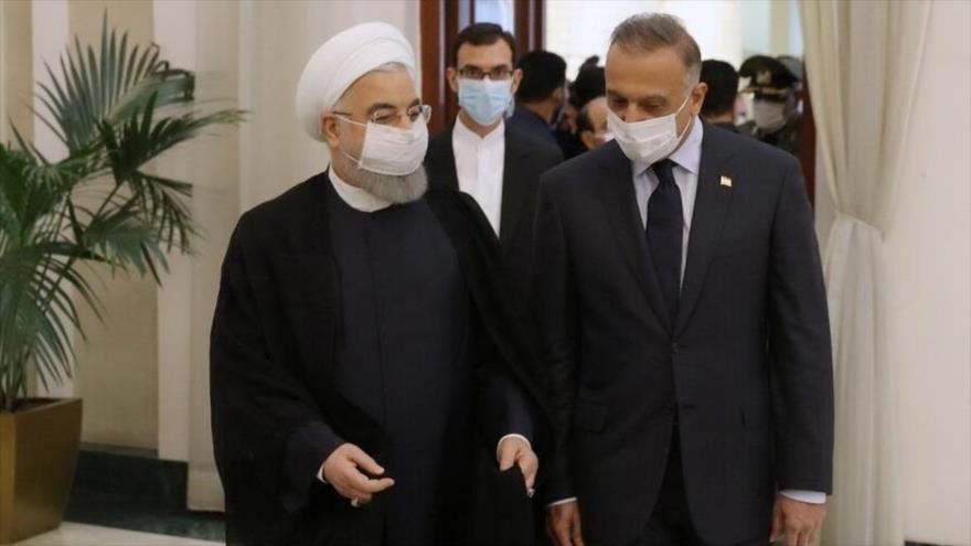 El presidente iraní, Hasan Rohani, y el primer ministro iraquí, Mustafa al-Kazemi, durante un encuentro en Teherán, capital de Irán, 29 de julio de 2020.