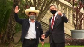 Sagasti y Castillo se reúnen en Palacio de Gobierno de Perú