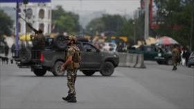 """Afganistán tacha de """"mentira"""" que Talibán controle 90 % de frontera"""