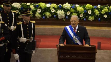 El Salvador ordena arresto de expresidente Sánchez Cerén