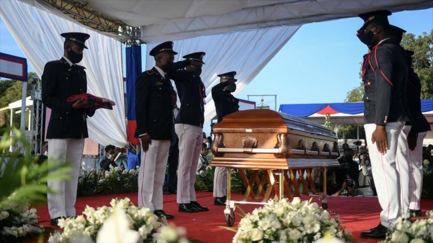 Vídeo: Haití celebra funeral de Jovenel Moise entre protestas | HISPANTV