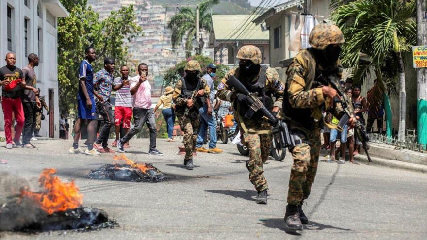 Militares en las calles de Puerto Príncipe, Haití, tras el asesinato del presidente Jovenel Moise. (Foto: Financial Times)