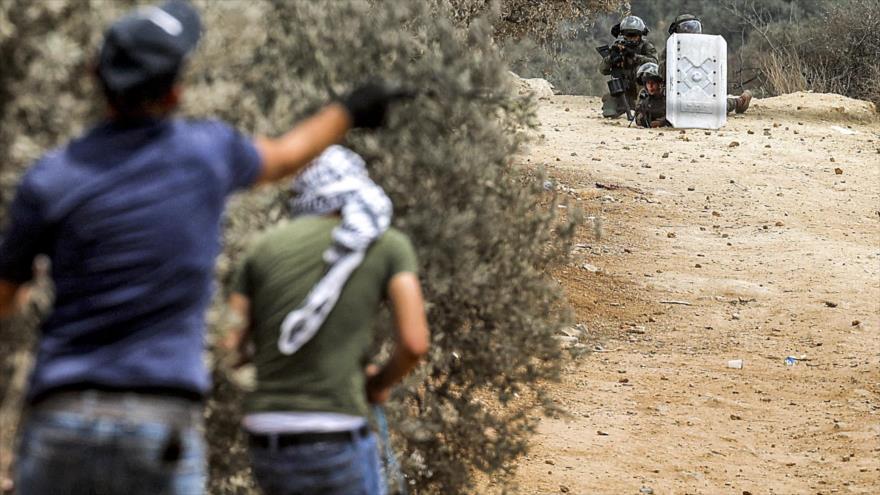 Tropas israelíes matan a tiros a un joven palestino en Cisjordania | HISPANTV