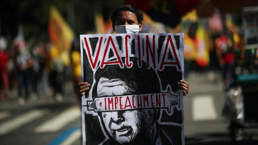 Vídeo: Brasileños en 500 ciudades exigen la dimisión de Bolsonaro