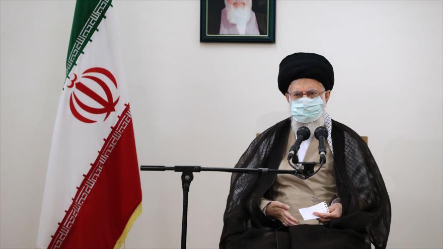 El Líder de Irán, el ayatolá Seyed Ali Jamenei, durante una sesión, 23 de julio de 2021. (Foto: khamenei.ir)