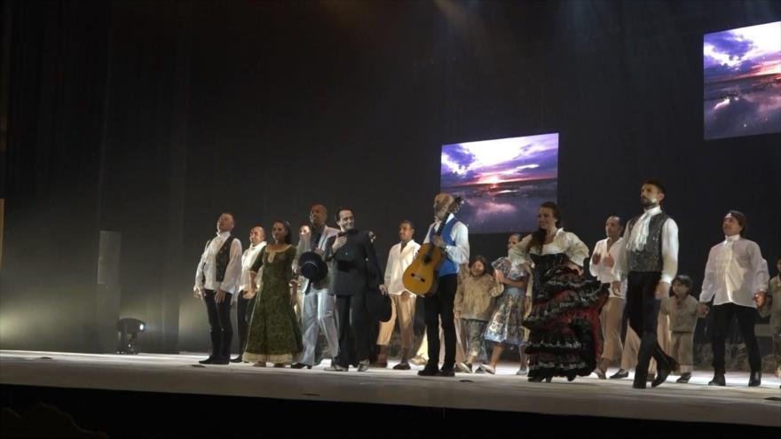 Recuerdan a Bolívar con baile flamenco en Caracas