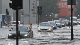 Vídeo: Lluvias torrenciales convierten calles de Londres en ríos