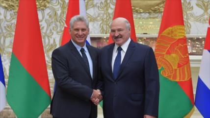 Lukashenko expresa solidaridad con Cuba en defensa de su soberanía
