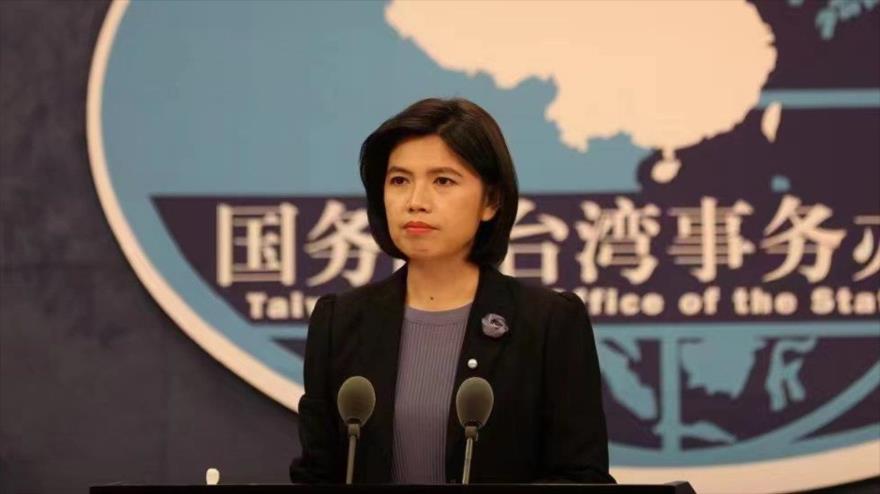 Zhu Fenglian, portavoz de la Oficina de Asuntos de Taiwán del Consejo de Estado de China, en una rueda de prensa.