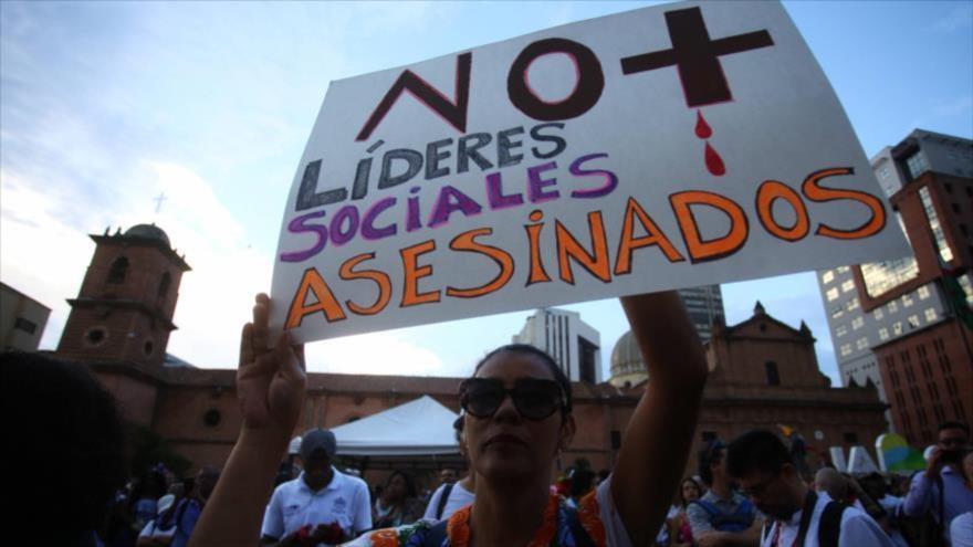 Protestan en Colombia contra el asesinato de líderes sociales.