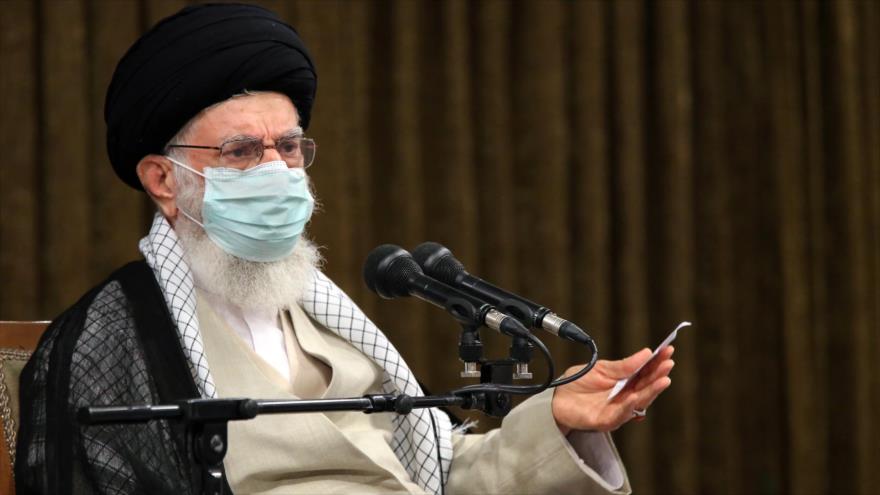 Líder de Irán: Occidente no es de fiar; inflige golpe cuando puede