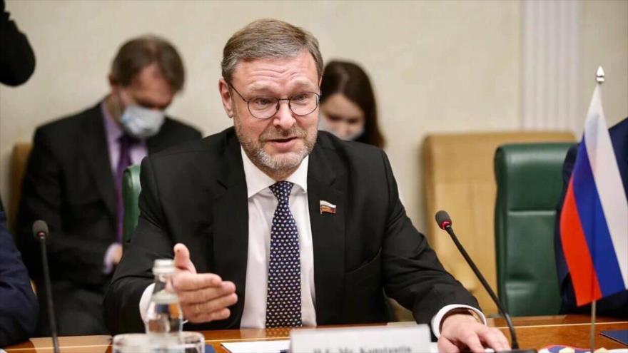 El jefe del comité internacional del Consejo de la Federación Rusa (el Senado), Konstantin Kosachev.