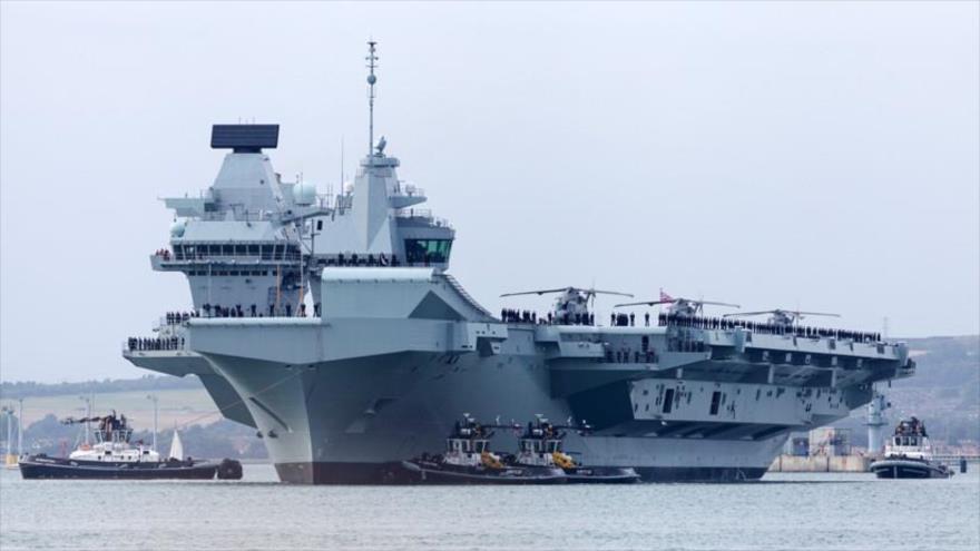El buque portaviones británico HMS Queen Elizabeth.