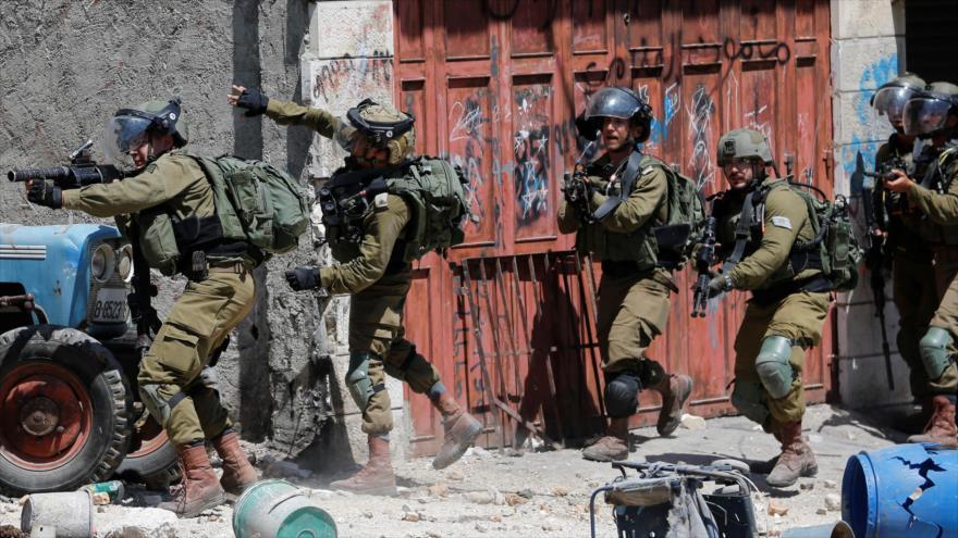 Fuerzas israelíes hieren a otros 300 palestinos en Cisjordania