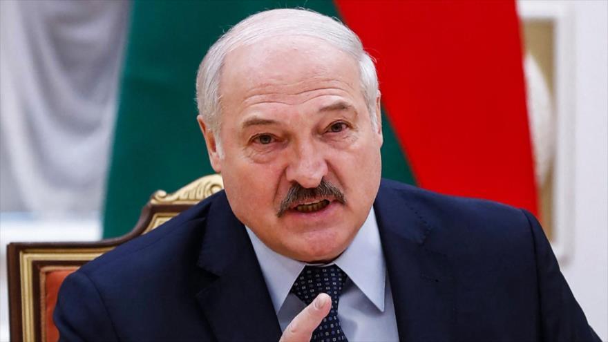 El presidente de Bielorrusia, Alexander Lukashenko, durante una reunión en Minsk, la capital, 28 de mayo de 2021. (Foto: AFP)