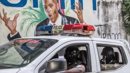 """Arrestan otro agente por """"vínculo directo"""" con asesinato de Moise"""
