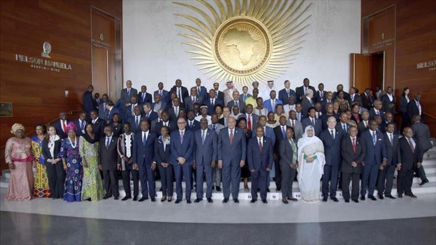 Líderes posan para una foto durante la 33.ª cumbre de jefes de Estado de la Unión Africana en Etiopía, 6 de febrero de 2020. (Foto: Anadolu)