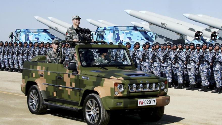 El presidente chino, Xi Jinping, en un desfile militar.