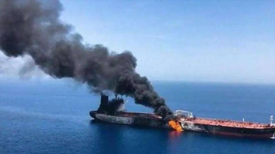 El petrolero Mercer Street, operado por una empresa israelí, atacado cerca de la isla omaní de Masirah, 29 de julio de 2021.