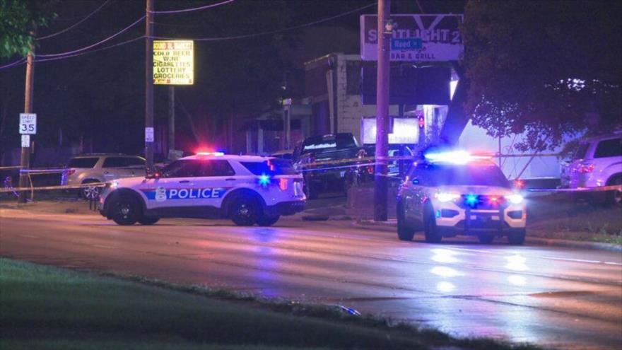 La Policía de Columbus en la escena de un tiroteo que dejó un muerto, 31 de julio de 2021. (Foto: WSYX ABC 6)