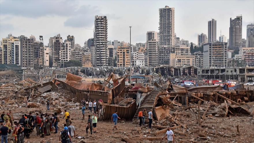 La masiva destrucción generada por la explosión acaecida en el puerto de Beirut, 4 de agosto de 2020. (Foto: AFP)