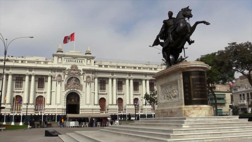 ¿Recibirá el gabinete peruano el voto de confianza del Congreso?