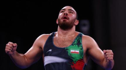 El luchador iraní Zare se lleva medalla de bronce en JJOO de Tokio