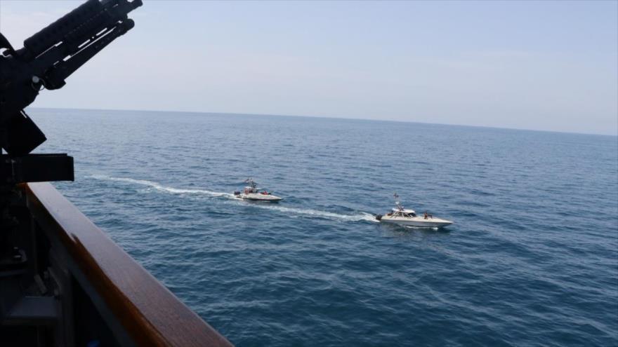 """""""Irán vigila movimientos de buques enemigos en el Golfo Pérsico""""   HISPANTV"""