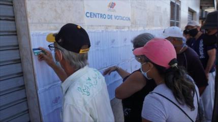 PSUV celebra primarias de cara a comicios regionales de Venezuela