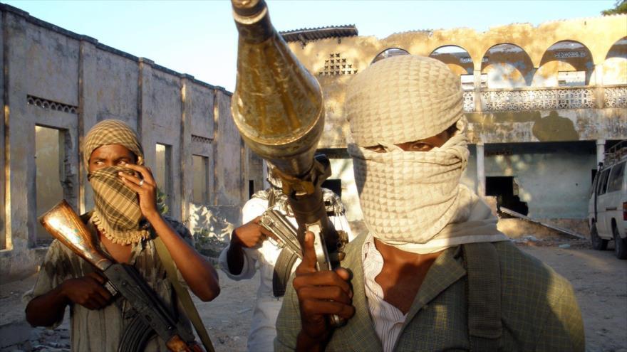 Arabia Saudí vuelve a usar a Al-Qaeda para evitar fracaso en Marib   HISPANTV